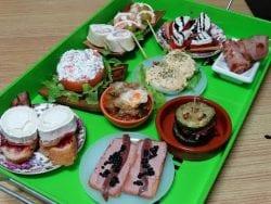 10 ideas para preparar un aperitivo. Tapas, raciones y canapés