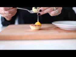 (17) Panecillos con bacon y queso de cabra, tartaletas con huevos de codorniz y otras tapas fáci ...